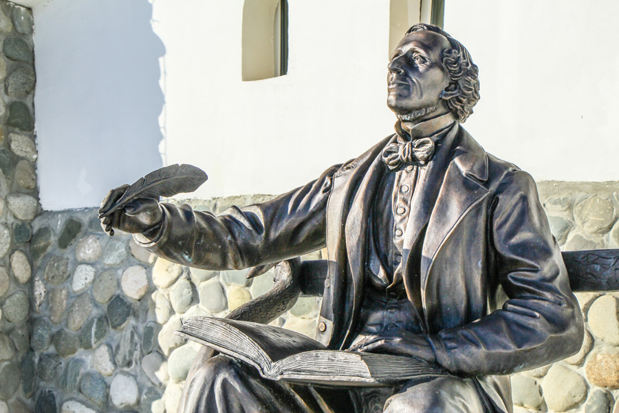 Оденс памятник андерсону